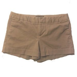 Banana Republic Ryan Fit Khaki Shorts Size 4